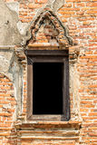Gammalt traditionellt thailändskt stilfönster Arkivbilder