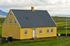 gammalt trähus för 19th århundrade på den Glaumbaer lantgården Fotografering för Bildbyråer