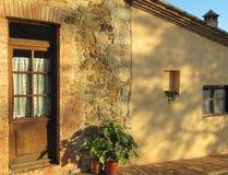 Gammalt tuscan hus - detalj Royaltyfria Bilder