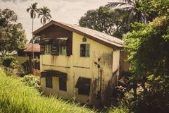 Gammalt två-våning hus i port Blair Andaman Islands India fotografering för bildbyråer
