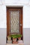 Gammalt utsmyckat fönster Rod Iron royaltyfri bild
