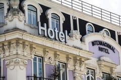 Gammalt utsmyckat hotell i centrala Lissabon, Portugal royaltyfri foto