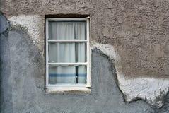 gammalt väggfönster Arkivbilder