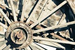 Gammalt vagnshjul Royaltyfri Foto