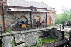 Gammalt vatten maler i den Migeya byn, Ukraina fotografering för bildbyråer