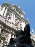 Gammalt vs nytt i Venedig, Italien Fotografering för Bildbyråer