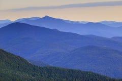 Gamme de montagne éloignée Image stock