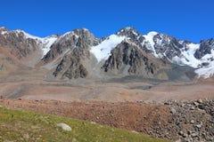 Gamme des montagnes de Tien Shan Image libre de droits