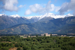 Gamme di alta montagna delle alpi del sud di estate Immagine Stock Libera da Diritti