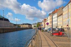Gammel-Strang auf dem Slotsholmens-Kanal in Kopenhagen Lizenzfreie Stockfotos