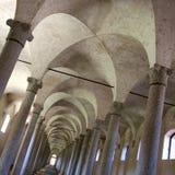 Gammes de produits antiques dans le château Images libres de droits