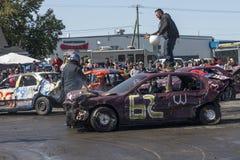 Ganador de la demolición derby en el top del coche Fotografía de archivo libre de regalías