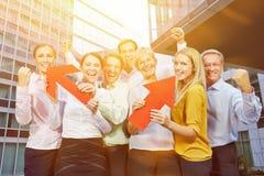 Ganador en hombres de negocios del equipo foto de archivo libre de regalías