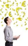 Ganancia en concepto de la divisa o del Internet. Foto de archivo