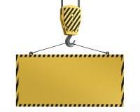 Gancho amarelo do guindaste que levanta a placa amarela em branco Fotografia de Stock Royalty Free