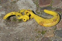 Gancho amarillo Fotografía de archivo libre de regalías