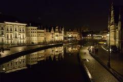 Gand, Belgio di notte fotografia stock libera da diritti