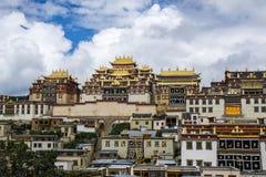 Ganden Sumtseling kloster Royaltyfri Foto