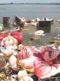 Ganesh浸没水污染 免版税库存图片