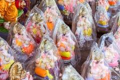 Ganesh Idols verpackte und bereitet für Verkauf vor Stockbilder