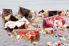Ganesh Immersion-Wasser Verunreinigung Stockfotografie