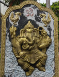 Ganesh słonia bóg statua w świątyni zdjęcia royalty free