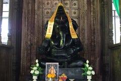 Ganesh Sacred som dyrkanen av det indiska folket i Hinduism arkivfoton