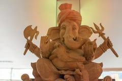Ganesh Sacred som dyrkanen av det indiska folket i Hinduism royaltyfria bilder