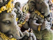 Ganesh Statues in Verschillende Houdingen stock afbeeldingen