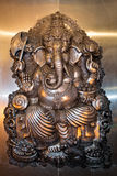 Ganesha (这个雕象是在泰国寺庙,公开区域的一个元素) 免版税库存图片