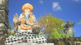 Ganesha die hindische Elefant-Gottheit stock footage