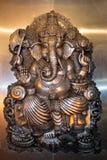 Ganesha (esta estatua es un elemento en el templo tailandés, el área pública) Imagen de archivo libre de regalías