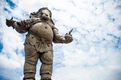 Ganesha, hindischer Gott und der Gott des Erfolgs, des blauen Himmels Ganesha und des Cl Stockbild