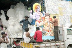 Ganesha idol being transported fo installation Royalty Free Stock Images