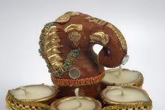 Ganesha met lampen Stock Foto