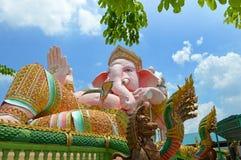 Ganeshastandbeeld, de Hindoeïsmegod in Openbare Heilige Plaats Stock Fotografie