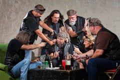 Gangów Członkowie Zagrażają Mężczyzna Obrazy Royalty Free