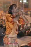 Ganga Aarti Ceremony, Varanasi, Índia Foto de Stock Royalty Free