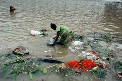 ganga kolkata污染河 库存照片