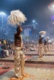 Ganga Maha Aarti Ceremony en Varanasi, la India Fotos de archivo libres de regalías