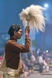 Ganga Maha Aarti Ceremony en Varanasi, la India Imagenes de archivo