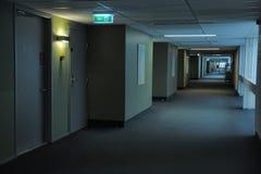 Gangen in het hotel stock foto