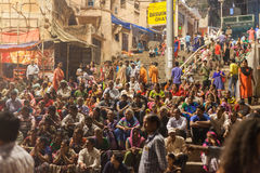 Ganges Aarti ceremony, Varanasi. VARANASI, INDIA - 24 Oct 2016: Crowds watch as priests perform the Ganga Aarti ceremony at Dasaswamedh Ghat on October 24, 2016 Royalty Free Stock Photos