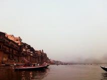 Ganges River i Varanasi Arkivfoton