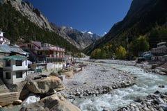 Gangotri Uttarakhand, Indien ganges flod royaltyfri foto
