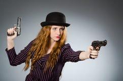 Gangster della donna con la pistola Fotografie Stock