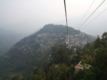 Gangtok, SIKKIM, la INDIA, el 17 de abril de 2011: Visión sobre el ce de la ciudad Fotografía de archivo