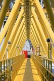 Gangway lub spaceru sposób w ropa i gaz budowy platformie, ropa i gaz proces platforma Zdjęcia Stock