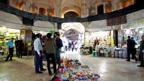 Ganjali interior Khan Bazaar en Kermán almacen de metraje de vídeo