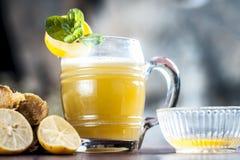 Ganne ka rasa lub trzcina cukrowa sok z surowym cukierem Fotografia Royalty Free